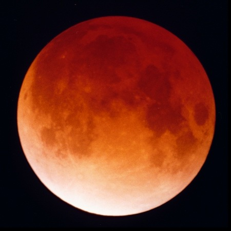 Zatmenie Mesiaca 2003/11/08-09